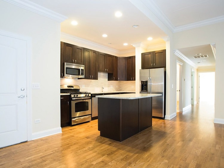 14th & Wabash - kitchen | Benoit Properties