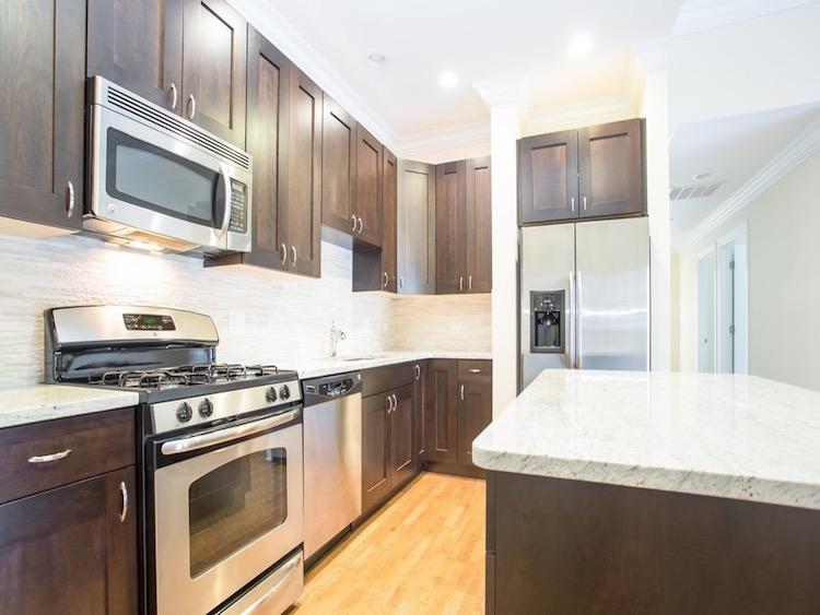 14th & Wabash - kitchen | Benoit Properties