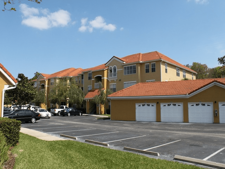 As your Tampa apartment search experts we want to make your apartment shopping experience stress-free by showcasing the best apartments near The Enclave at Richmond Place in Tampa, FL and providing you with accurate information on each one, updated every single day.